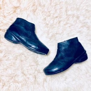 Dansko Leather Wedge Ankle Boots Size 41